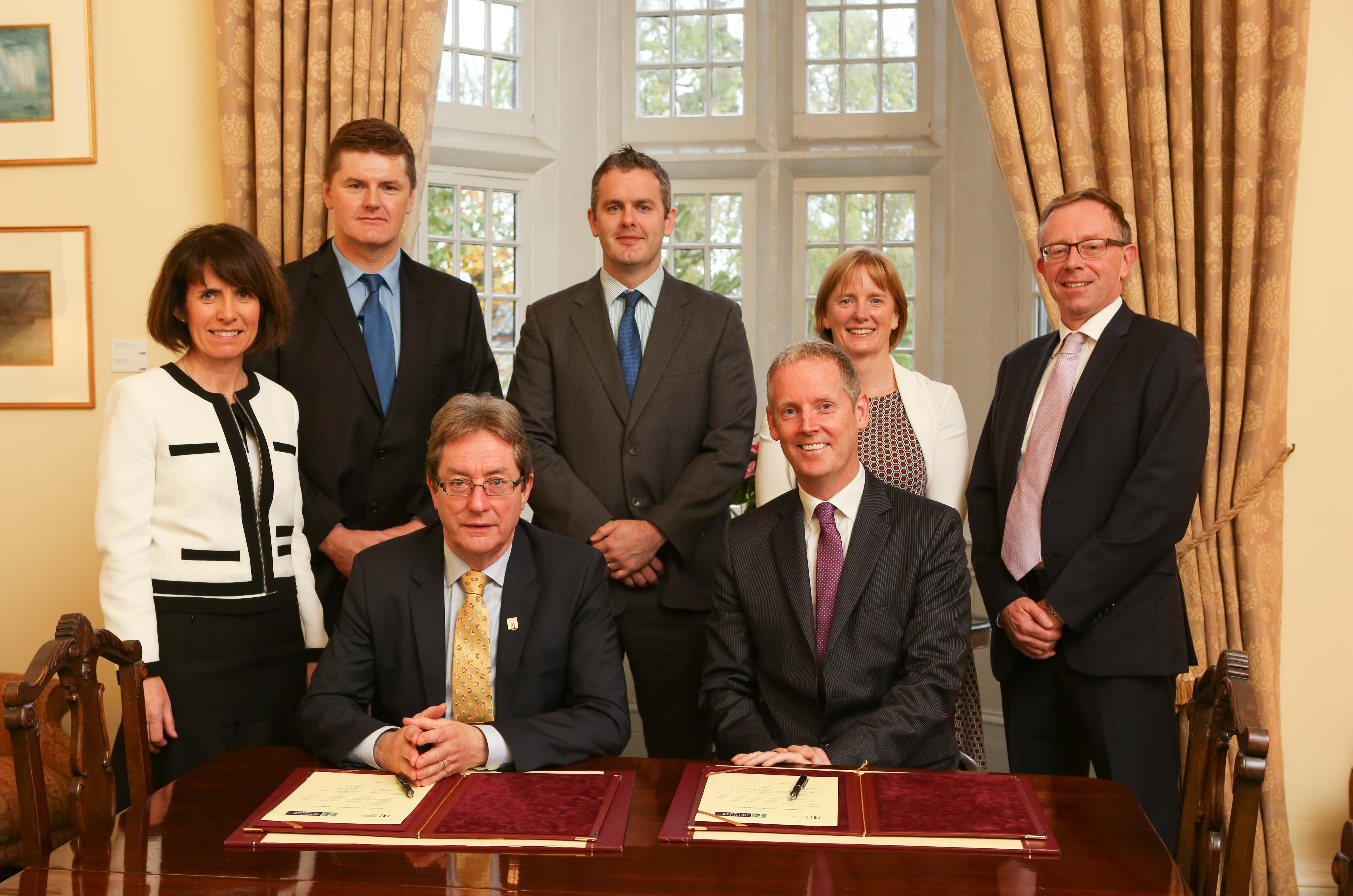 Official Signing of the EIB €60m Loan Facility with NUIG, October 2017